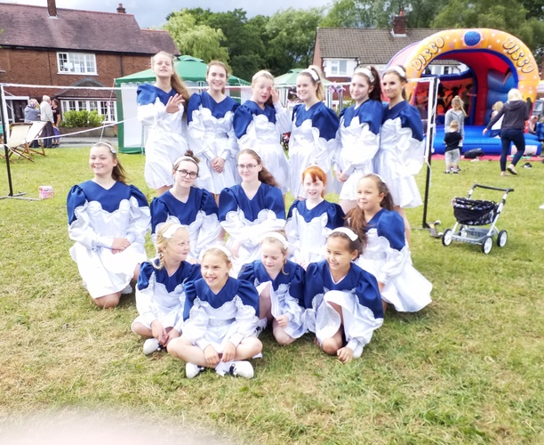 Offerton Morris Dancers - Offerton Community Centre