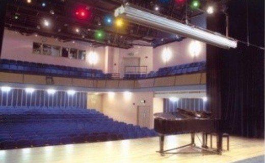 Regular cripps theatre and piano