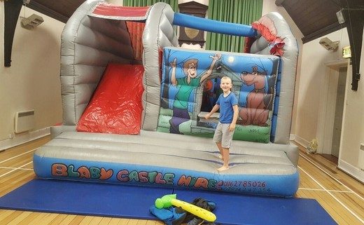 Regular bouncy castle 2
