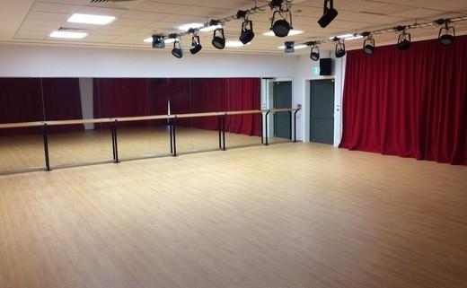 Regular nh dance studio th