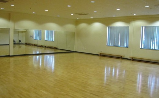 Regular dance studio web