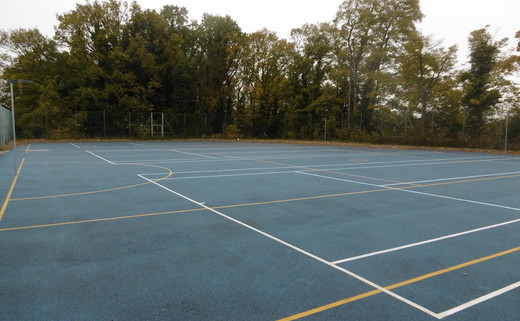 Regular tarmac muga