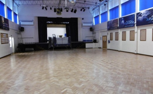 Regular main hall 1