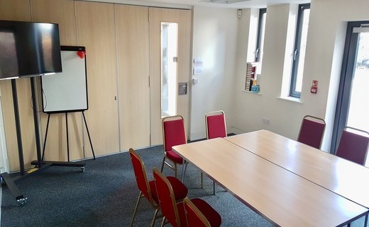 Regular meeting room 2