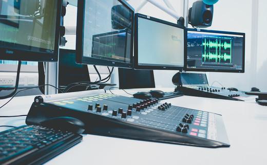 Regular radio station  4