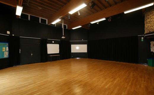 Regular drama studio