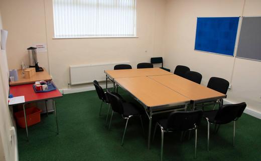 Regular meeting room 1040 x 642