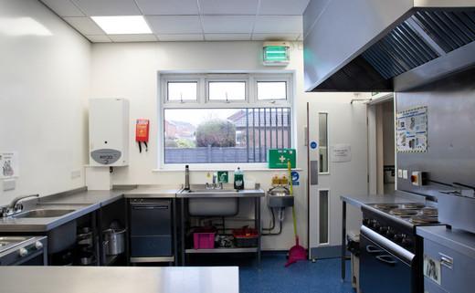 Regular kitchen 2 1040 x 642