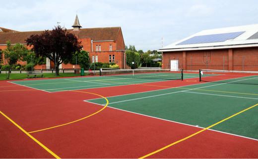 Regular 7. tennis courts