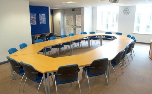 Classrooms & Meeting Rooms For Hire