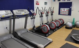 Thumb sutton   fitness suite th