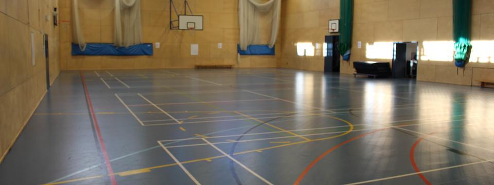 Regular walworth   sports hall 4