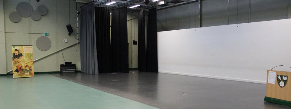 Regular south craven large theatre sl